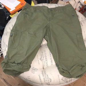 Lane Bryant olive green cargo capris size 22